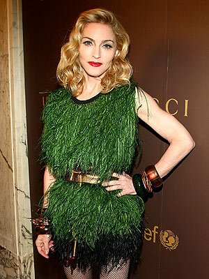 Madonna_in_green_fringe